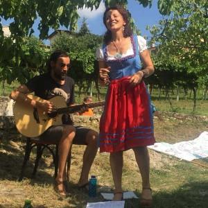 Fairy Tale Singers: aperifiaba sul prato