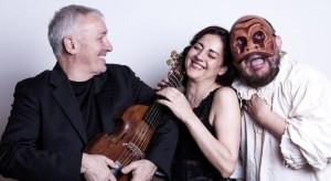 Madama DoRe, musica formato famiglia / Commedia, commedia!